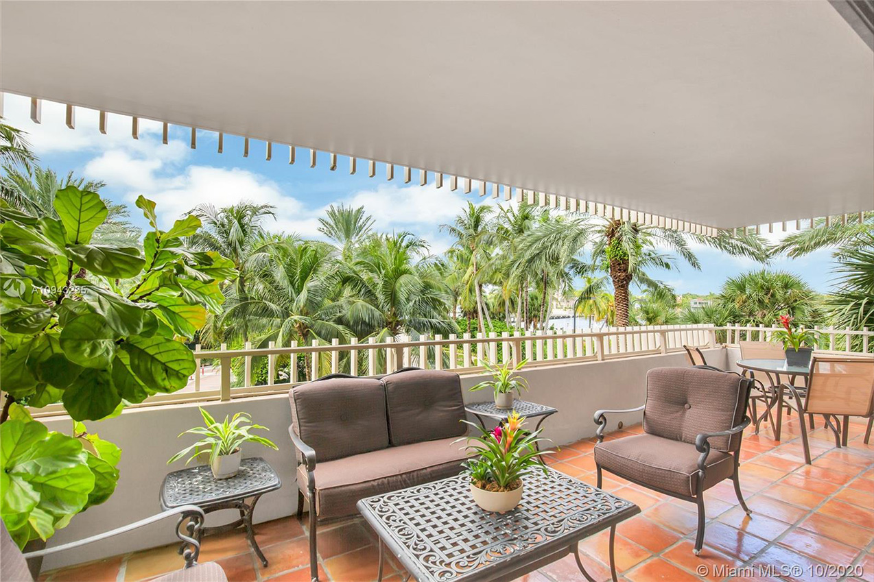 *Moving to Key Biscayne? Click here to checkout the AREA REPORT with all property types
